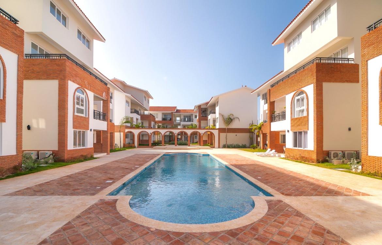 Apartamento de dos niveles con 3 habitaciones en Los Corales en Bavaro Punta Cana