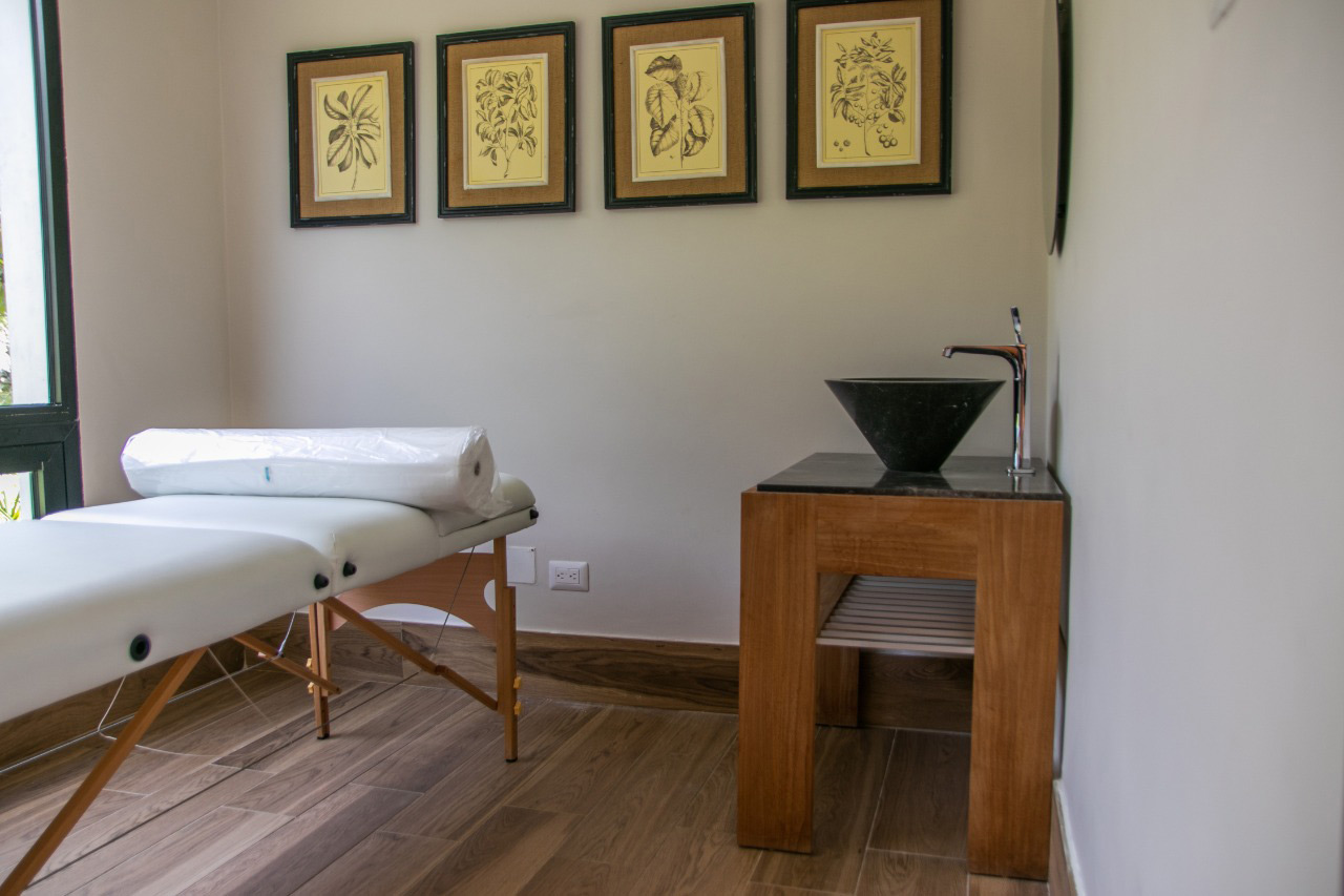 Apartamentos de 2 habitaciones listos para entrega en Las Canas, Punta Cana